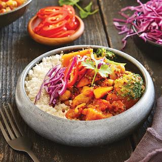 Coconut Quinoa Curry With Cauliflower Rice.