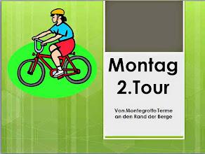 Photo: Kastelle, Kirchen und Kultur stehen heute auf dem Programm; Streckenprofil s. http://www.gps-tour.info/de/touren/detail.70944.html