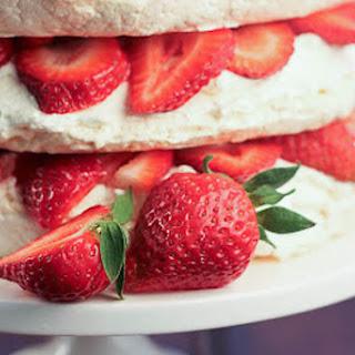 Strawberry Meringue Cake Recipe