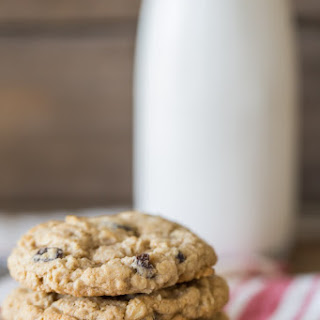Pumpkin Spice Oatmeal Raisin Cookies