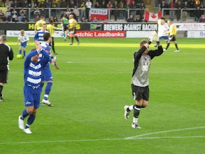 Photo: 08/11/09 v Oxford City (FA Cup 1) 3-2 - contributed by Leon Gladwell