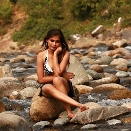 Lonely Girl by Soumen Mitra - People Professional People (  )