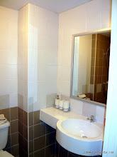 Photo: シャワールーム兼トイレです。