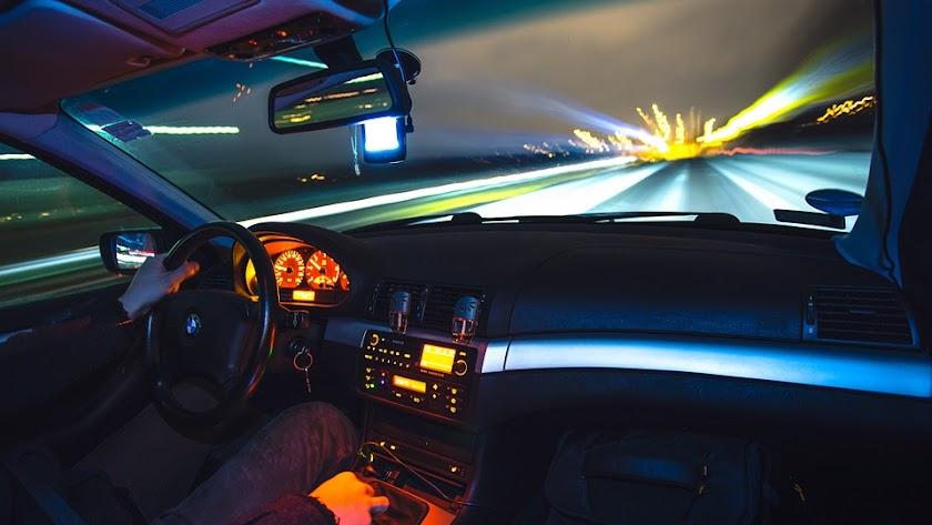 Incumplir los límites de velocidad tiene sanción.