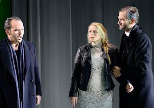 Photo: Theater an der Wien: La mère coupable Oper in drei Akten von Darius Milhaud . Premiere am 8.5.2015. Andrew Owens, Frederikke Kampmann, Markus Butter.  Copyright: Barbara Zeininger