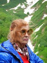 Photo: нет,я ее не знаю. просто в группе была очень колоритная бабушка. если я доживу до ее возраста,дай бог мне ее соображалку и способность карабкаться по лестницам