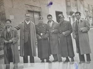 Photo: Amigos. Proveedor: Paqui Díez González. Año: 1948