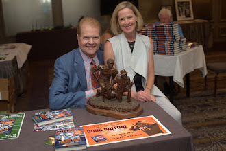 Photo: Dana Buffone and I absolutely love the bust of #55 and his first NFL head coach, the godfather, George Halas.