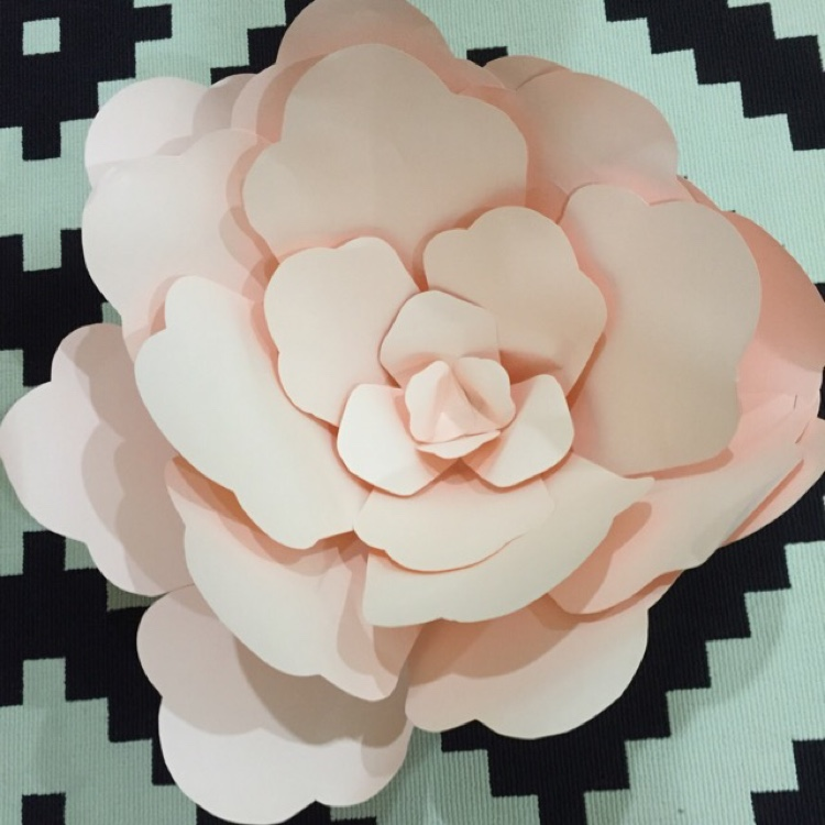 Handmade Paper Flowers ( Large) by Whimsicalio