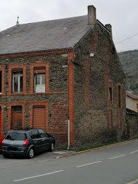 maison à Les Hautes-Rivières (08)