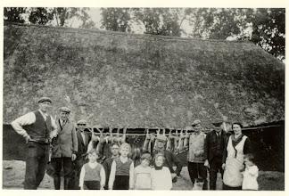 Photo: 1940 Dr. Batenburglaan fam. Schoenmakers.