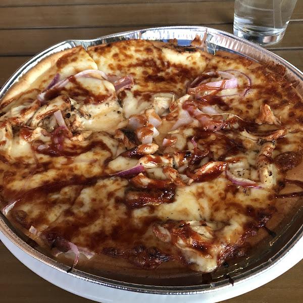 GF bbq chicken pizza