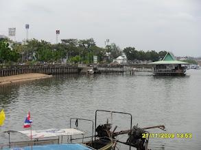 Photo: Am Chao Fa Pier  mit Blick zum schwimmenden Restaurant -  Krabi