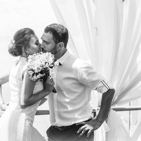 Wedding photographer Yuliya Durmanova (Julia98). Photo of 19.07.2017