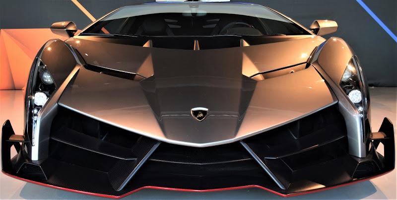 Lamborghini Veneno di pizzicastelle