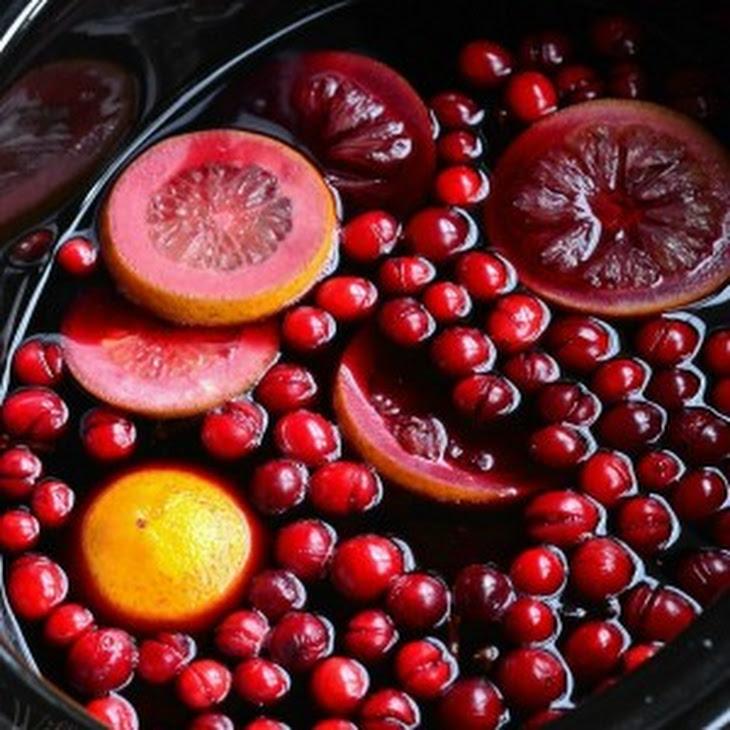 Crock Pot Spiced Orange Cranberry Sangria Recipe | Yummly