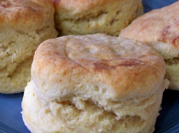 Jewel's Self Rising Biscuits & Sausage Gravy Recipe