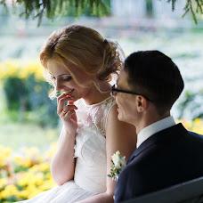 Wedding photographer Vadim Zakharischev (yourmoments). Photo of 06.09.2015