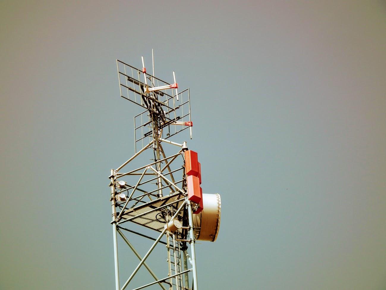 Barcs/Viktorpuszta - DVB-T gapfiller+helyi URH-FM adóállomás