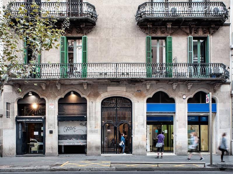 Mihlton Barcelona Boutique Hostal