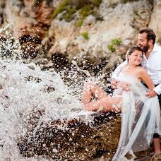 Wedding photographer Adina Dumitrescu (adinadumitresc). Photo of 03.10.2018