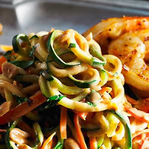 Peanut Zucchini Noodles