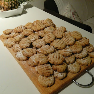20 Peanut butter cookies