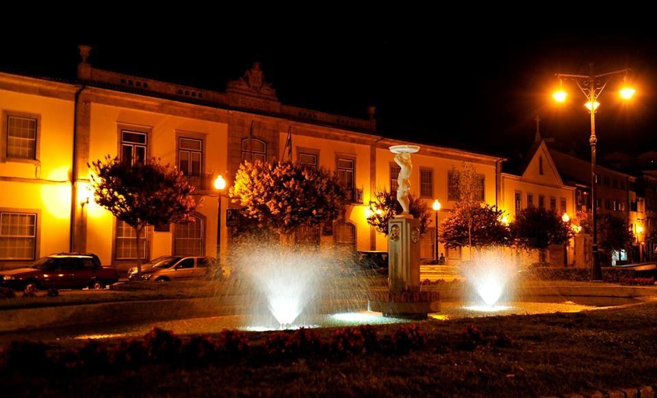 Iluminação LED valoriza taças do histórico Jardim da República