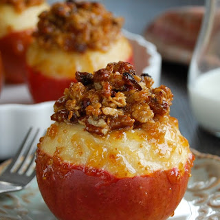 Fig & Granola Baked Apples.