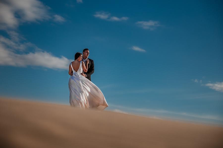 Wedding photographer Leonel Longa (leonellonga). Photo of 31.07.2020