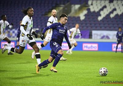 """18-jarige 'Man van de Match' bij Anderlecht: """"Op die positie kan ik het spel het beste lezen"""""""