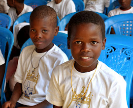 Photo: I think this is my favorite picture of the whole trip. Don't you LOVE these faces??!!! I want to bring them home.