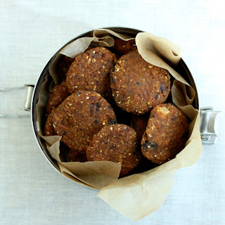 Raw, Vegan Carrot Raisin Walnut Cookies.