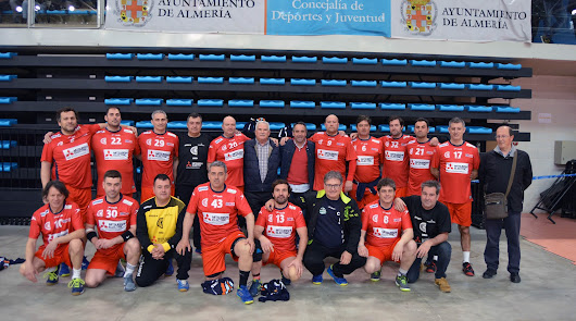El 'II Torneo del Circuito Andaluz de Balonmano Veteranos', un éxito