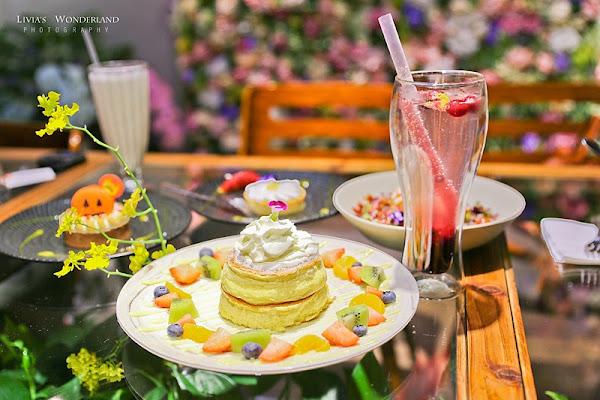 FUJI FLOWER CAFE 超夢幻IG仙氣花草系咖啡廳下午茶/浪漫花牆秘境!捷運市政府站