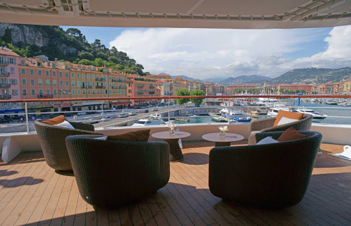 Ponant-Laustral-deck-port.jpg - Enjoy scenic ports from the deck of a Ponant Yacht. Book a cruise on L'Austral today.
