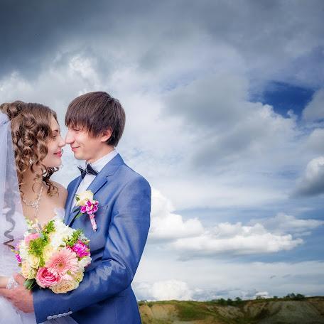Wedding photographer Valentin Fadeev (Silverstony). Photo of 29.11.2014