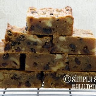 Almond Butter Blondies with Walnuts and Currants