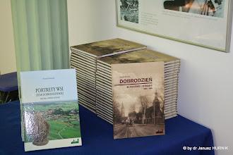 Photo: Pomocja i prezentacja dwóch książek o Dobrodzieniu autorstwa Pawła Mrozka