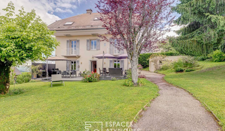 House with terrace Trévignin