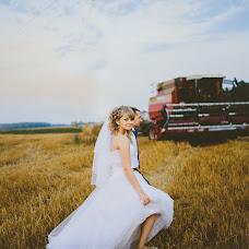 Wedding photographer Aleksandra Sadovskaya (Saal13). Photo of 07.08.2014