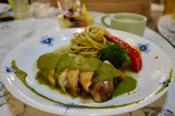 HOVII Cafe