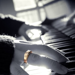 Ring Finger by Ben Heys - Wedding Details ( music, ring, monochrome, piano, keys, white, play, shine, instrument, marriage, love, bling, contrast, blue, sound, fingers, wedding, gold, mono, shiny )