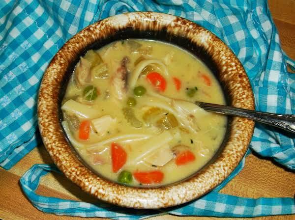 Crock Pot Creamy Chicken Noodle Soup Recipe