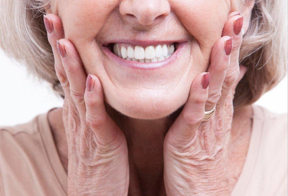Как ухаживать за имплантами зубов   Стоматология «РИЦА»