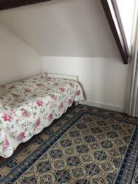 chambre à Issy-les-Moulineaux (92)