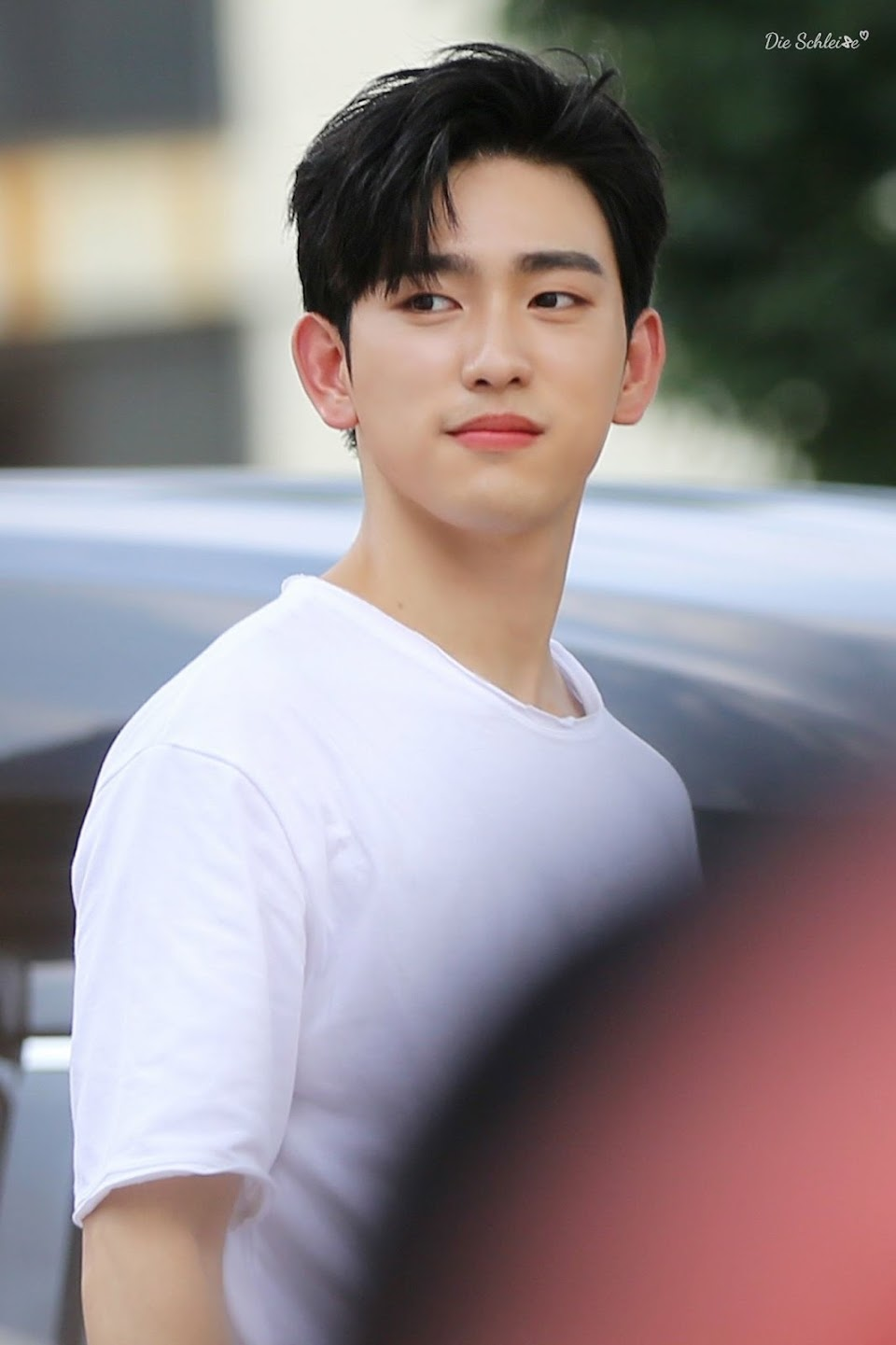 jinyoung 2