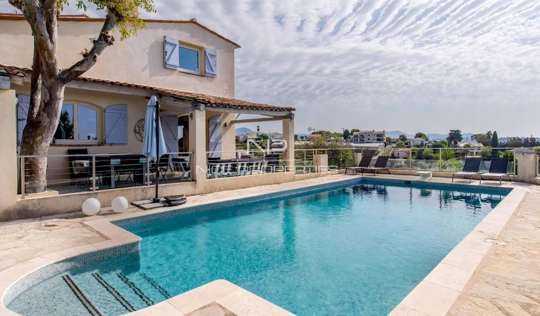 Villa avec terrasse Saint-Laurent-du-Var