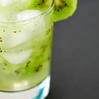 KIWI GRAPEFRUIT COOLER.