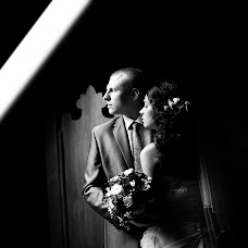 Wedding photographer Kristina Chistyakova (KRICHI). Photo of 09.03.2014
